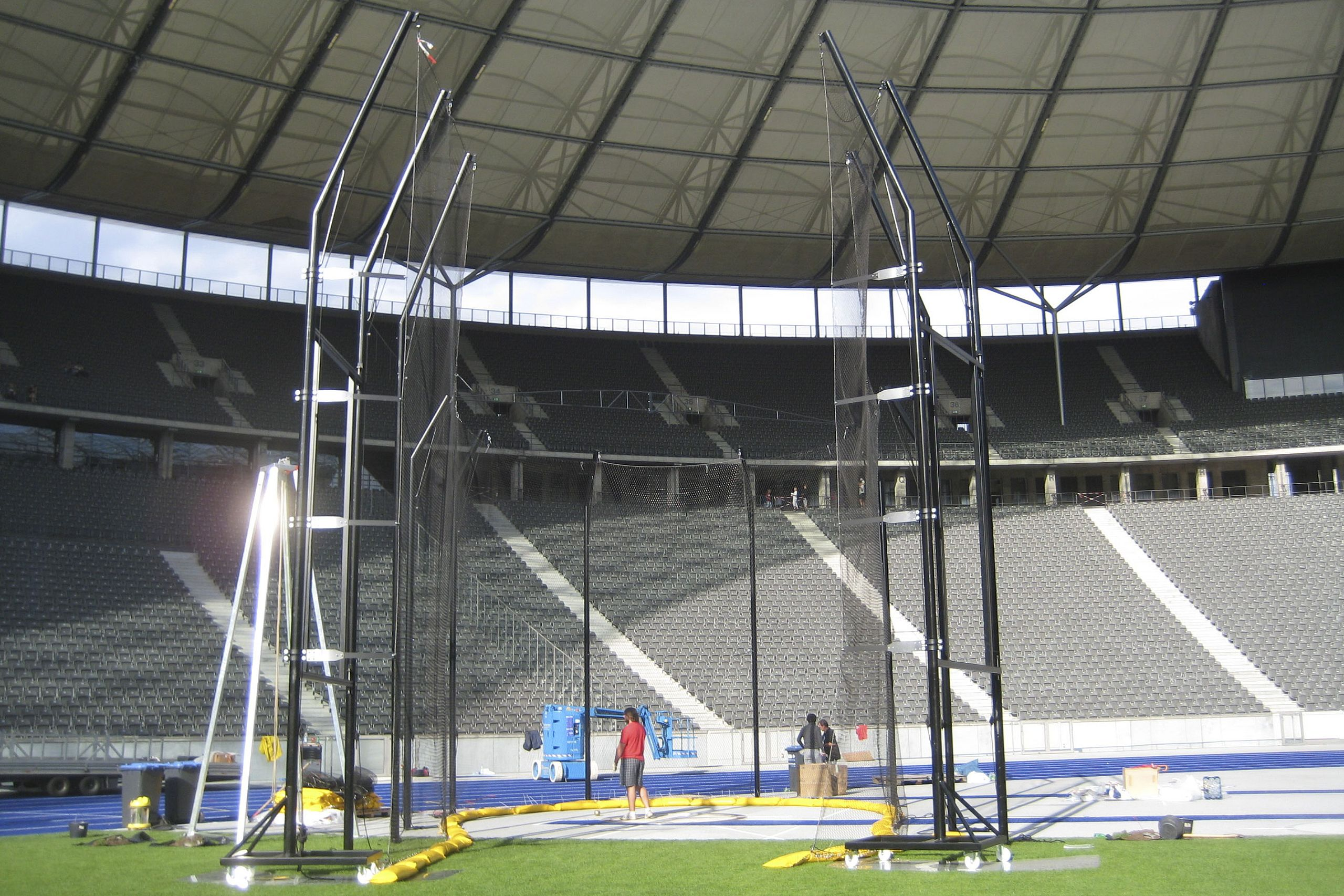 Diskuss- / Hammerwurfschutzgitter für das Olympiastadion Berlin